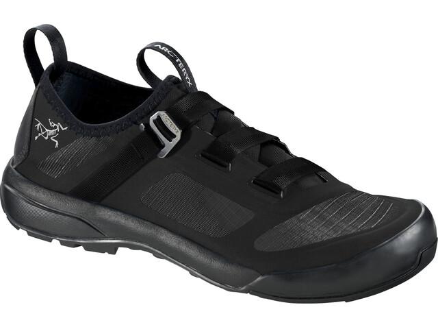 Arc'teryx W's Arakys Approach Shoes Black/Black